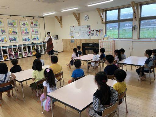 2020-06-04灯ろう制作(青くま) (1)